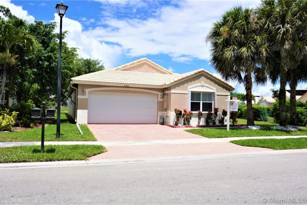 5562 NW 123rd Way - 5562 Northwest 123rd Way, Coral Springs, FL 33076