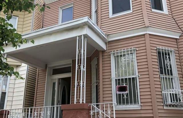 1402 NEW YORK AVE - 1402 New York Avenue, Union City, NJ 07087