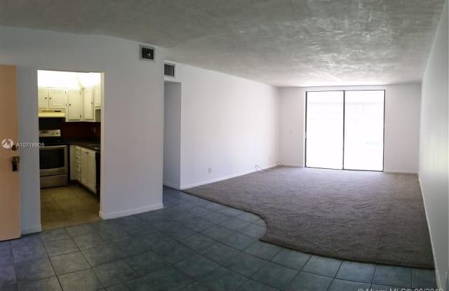 2861 Somerset Dr - 2861 Somerset Drive, Lauderdale Lakes, FL 33311