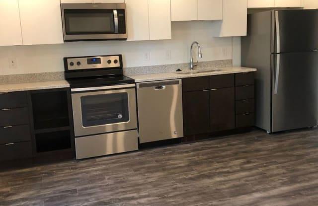 Fairfax Flats - 206 Fairfax Avenue, Nashville, TN 37205