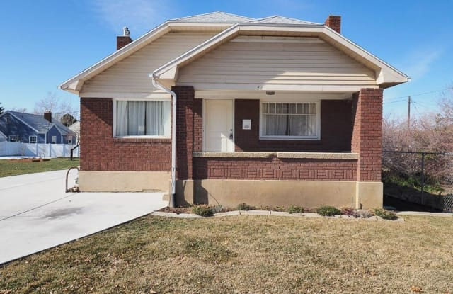 54 S 400 E - 54 South Orchard Drive East, Bountiful, UT 84010