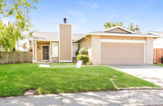 269 Brookdale Drive - 269 Brookdale Drive, Vacaville, CA 95687