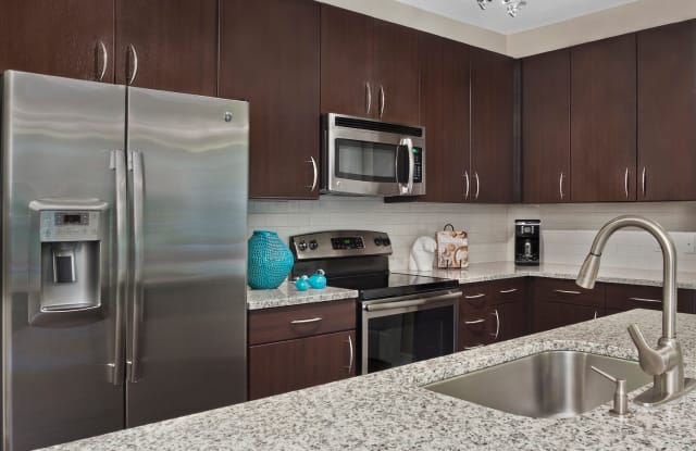 Marshall Park Apartments & Townhomes - 3950 Fairsted Dr, Raleigh, NC 27612