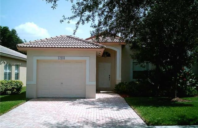 17088 NW 11TH ST - 17088 Northwest 11th Street, Pembroke Pines, FL 33028