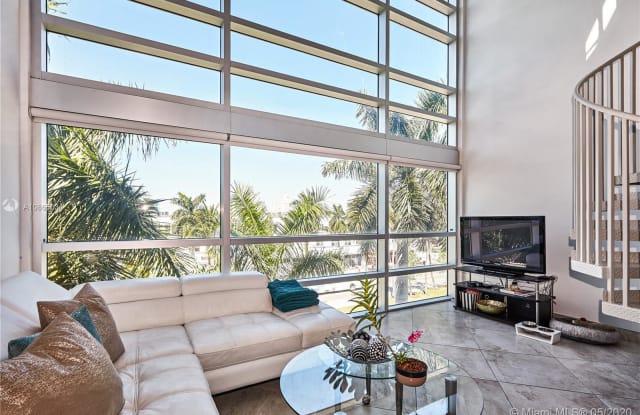 421 Meridian Ave - 421 Meridian Avenue, Miami Beach, FL 33139