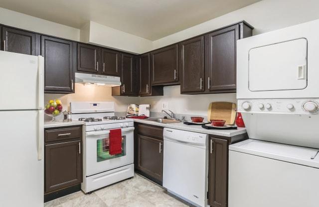 Bonnie Ridge Apartments - 6617 Bonnie Ridge Rd, Baltimore, MD 21209