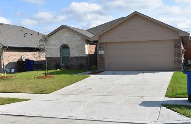 109 Columbia St - 109 Columbia St, Farmersville, TX 75442