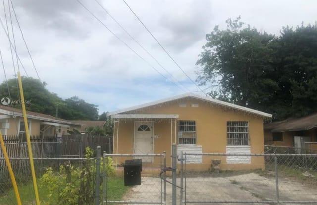 2439 NW 41st St - 2439 Northwest 41st Street, Brownsville, FL 33142