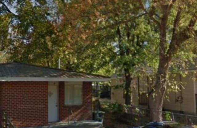 1102 N Hawthorne St B - 1102 North Hawthorne Street, Chattanooga, TN 37406