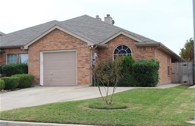 5616 Blackmon Court - 5616 Blackmon Court, Fort Worth, TX 76137