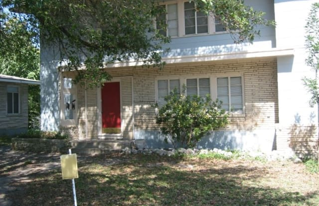 2118 Wilson Blvd 1 - 2118 Wilson Boulevard, San Antonio, TX 78201