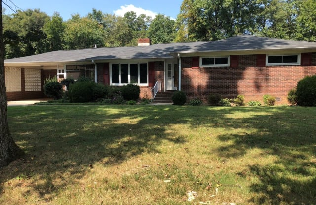 638 Coulwood Dr - 638 Coulwood Drive, Charlotte, NC 28214