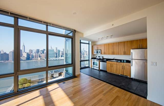 Avalon Riverview - 4-75 48th Avenue, Queens, NY 11101