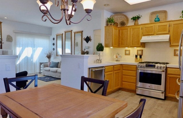 99 Carlsbad Lane - 99 Carlsbad Lane, Aliso Viejo, CA 92656