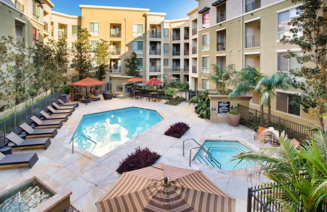 The Enclave at Warner Center Apartment Homes - 6710 Variel Ave, Los Angeles, CA 91303