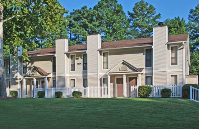 Dunwoody Crossing - 700 Summit Place Dr, Sandy Springs, GA 30350