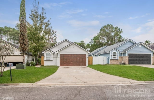 1313 Independence Drive - 1313 Independence Drive, Lakeside, FL 32065