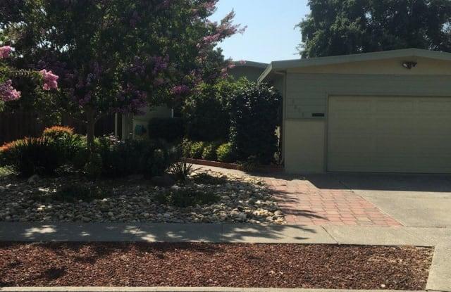 3063 Linda Vista - 3063 Linda Vista Avenue, Napa, CA 94558