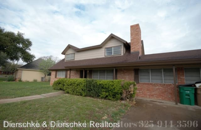 3226 Woodland Circle - 3226 Woodland Cir, San Angelo, TX 76904