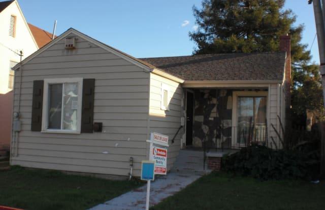 1806 105th. Ave. - 1806 105th Avenue, Oakland, CA 94603