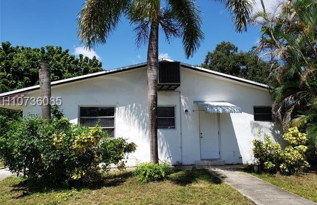 6251 SW 26th St - 6251 Southwest 26th Street, Miramar, FL 33023