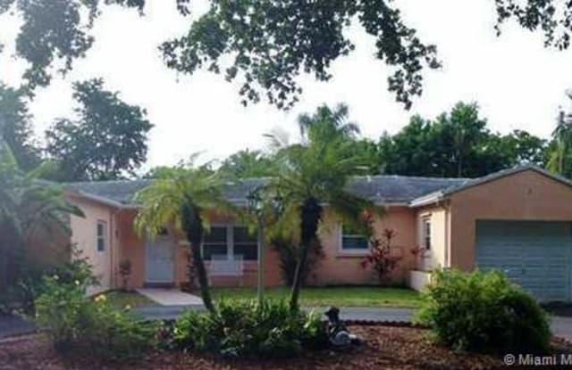 226 FLUVIA AV - 226 Fluvia Avenue, Coral Gables, FL 33134