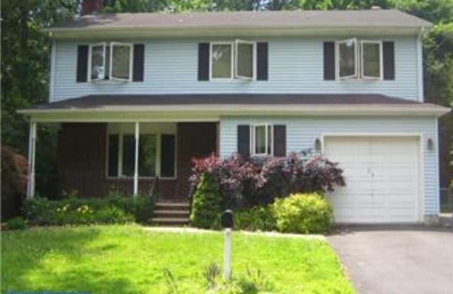 34 BERRIEN AVENUE - 34 Berrien Avenue, Princeton Junction, NJ 08550