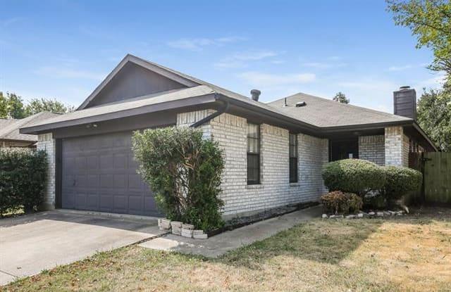 804 Melville Drive - 804 Melville Drive, Arlington, TX 76015