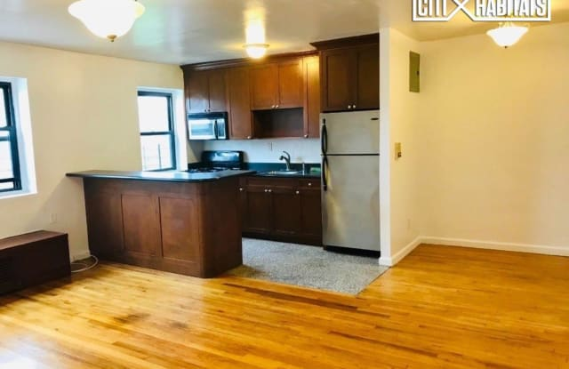 25-10 31st Avenue - 25-10 31st Avenue, Queens, NY 11106