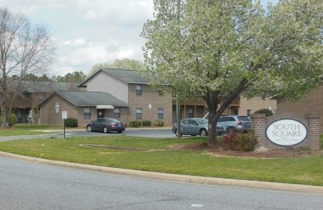 South Square Apartments - 708 Patton Ci, Greenville, NC 28590