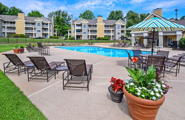 Madison Glen Mills - 512 Coventry Ln, Chester Heights, PA 19342