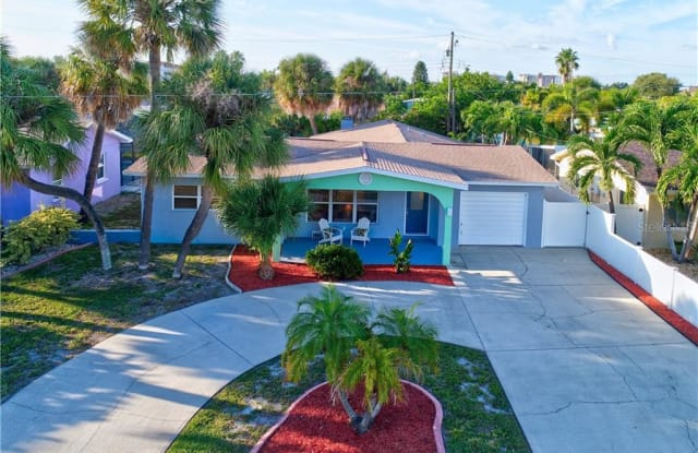 453 85TH AVENUE - 453 85th Avenue, St. Pete Beach, FL 33706