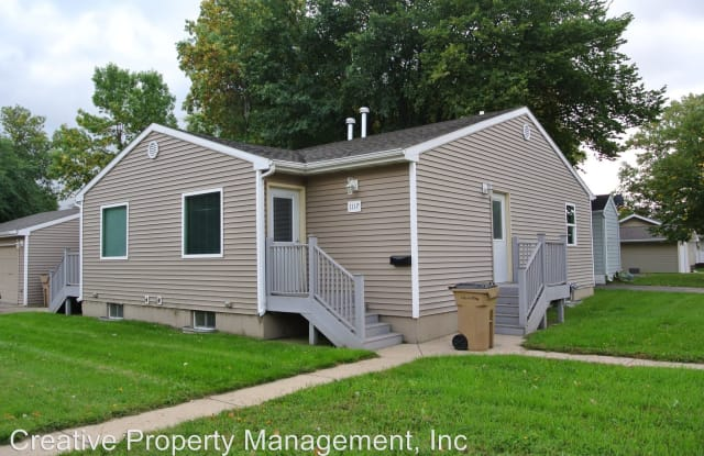 1117 - 2nd Ave SW - 1117 2nd Ave SW, Minot, ND 58701