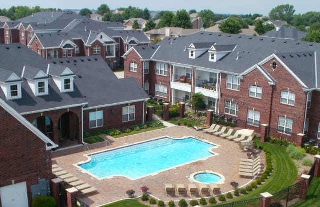 Rockledge Oaks Apartments - 8320 Rockledge Rd, Lincoln, NE 68506