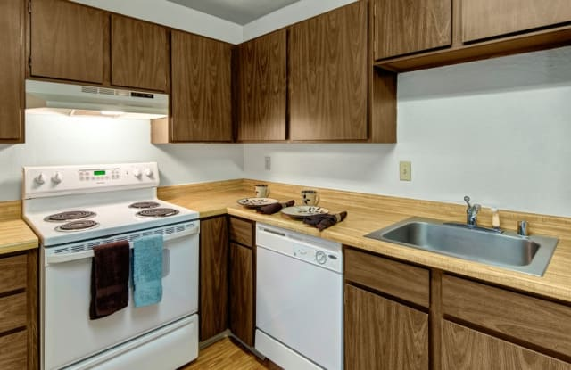 Driftwood Apartments - 7101 Weimer Rd, Anchorage, AK 99502
