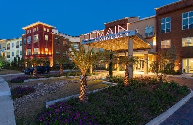Domain by Windsor - 1755 Crescent Plaza Dr, Houston, TX 77077