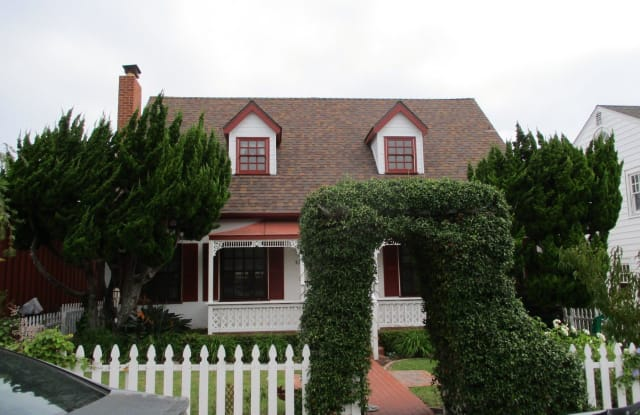 3538 Curtis St - 3538 Curtis Street, San Diego, CA 92106