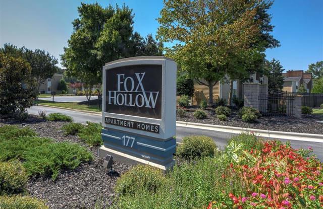 Fox Hollow - 177 W Hartley Dr, High Point, NC 27265