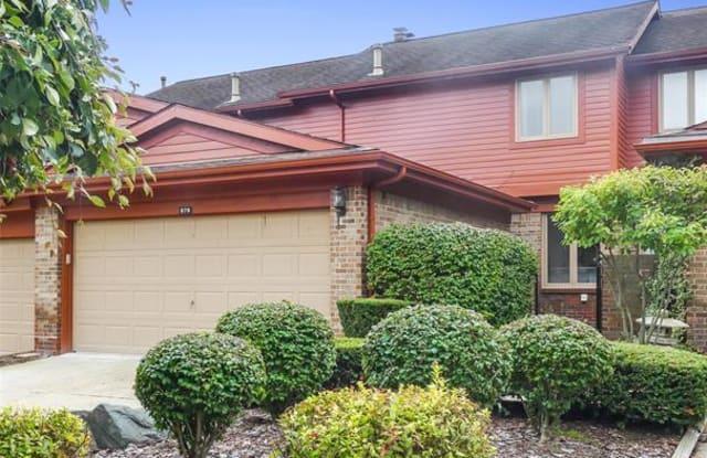 876 GREENVIEW Court - 876 Greenview Ct, Rochester Hills, MI 48307