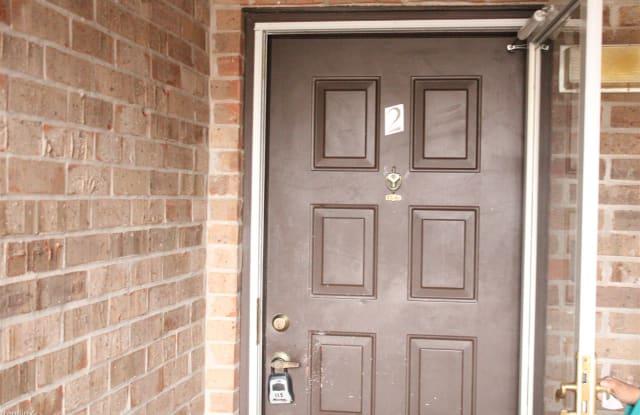 Condominium on SixMileLane - 6516 Six Mile Lane, Jefferson County, KY 40218