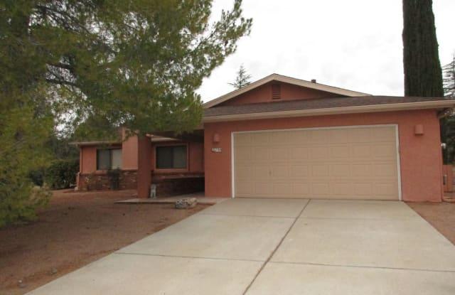 135 STONE WAY - 135 Stone Way, Village of Oak Creek, AZ 86351