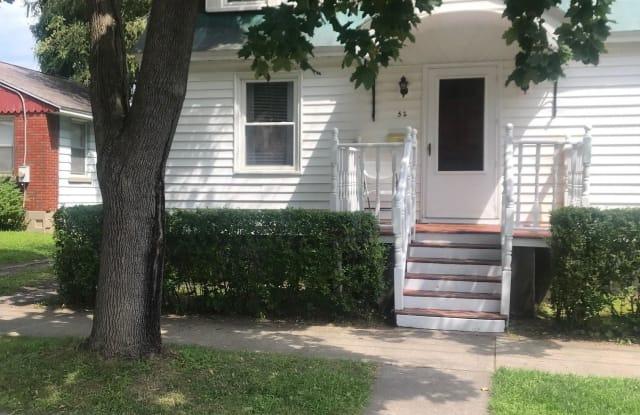 52 WALNUT ST - 52 Walnut Street, Saratoga Springs, NY 12866