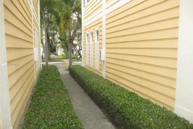 521 SW 18th Ave - 521 Southwest 18th Avenue, Fort Lauderdale, FL 33312