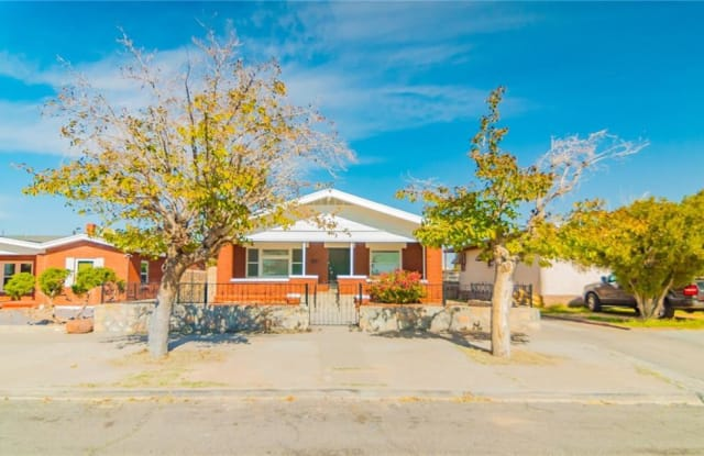 4011 CAMBRIDGE Avenue - 4011 Cambridge Avenue, El Paso, TX 79903