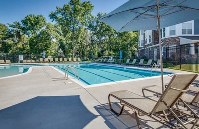 Prospect Hall Apartments - 909 Mansion Dr, Frederick, MD 21703