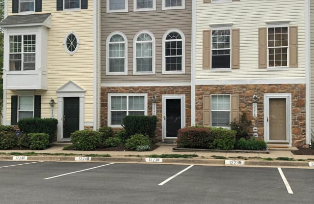 12240 MAIDSTONE COURT - 12240 Maidstone Court, Lake Ridge, VA 22192