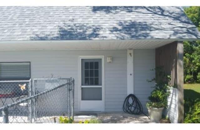 109 Pinehill Lane - 109 Pinehill Lane, Highlands County, FL 33876