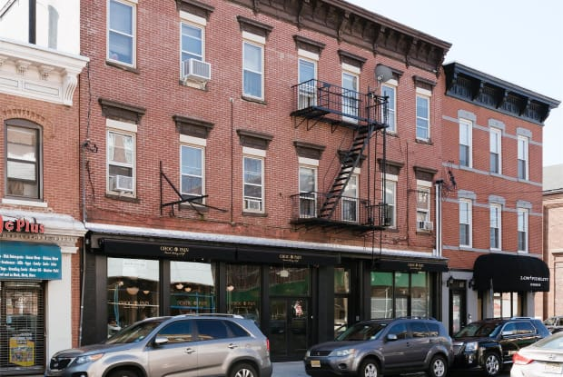 330-332 Palisade Ave, Apt 1 - 330-332 Palisade Avenue, Jersey City, NJ 07307