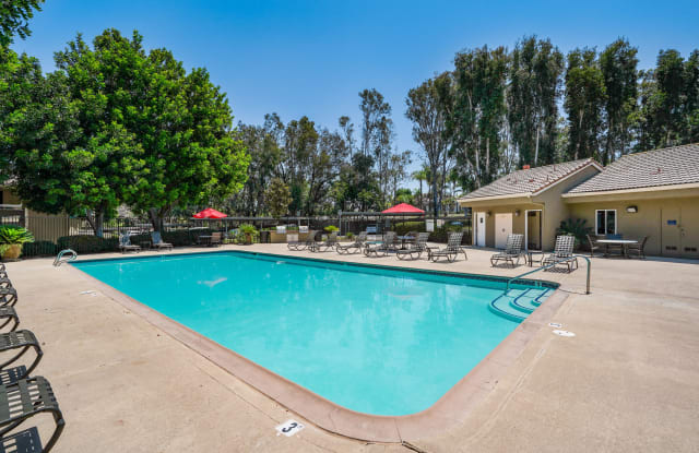 Rancho Hills Apartments - 915 Brooktree Ln, Vista, CA 92081