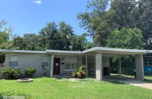 7912 Chateau Drive South - 7912 Chateau Drive South, Jacksonville, FL 32221